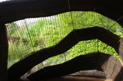 A l'intérieur de la voûte